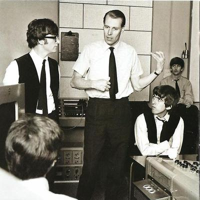 The-Beatles-George-Martin-the-beatles-33432395-400-400.jpg